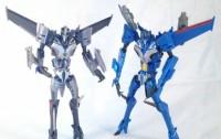 Takara Tomy Transformers Prime Arms Micron Exclusive Thundercracker Video Review