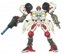 Transformers News: Official Hasbro Images for New and Upcoming Hunt for the Decepticons Deluxes