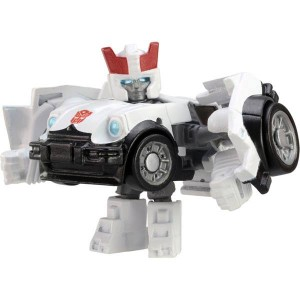 Transformers News: Official Images: Takara Tomy Series 1 Movie and Generation 1 Q Transformers