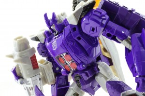 Transformers News: Transformers Titans Return In-Hand Galleries Voyager Class Sentinel Prime and Galvatron