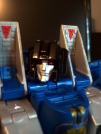 "Transformers News: Hasbro Toys""R""Us Exclusive Masterpiece Thundercracker In-Hand Images"