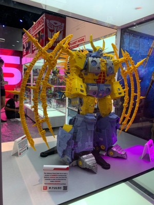 Transformers News: #SDCC2019 New Images of Haslab Project Transformers Unicron From Front and Back