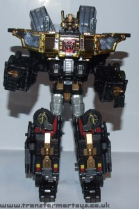Transformers News: Black Super God Magnus Finally Revealed!