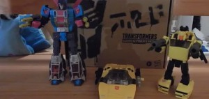 New Video Review of Transformers Generations Selects Deluxe Class Tigertrack
