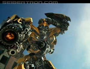 Transformers News: Bumblebee's New Trick in Transformers: The Last Knight TV Spot