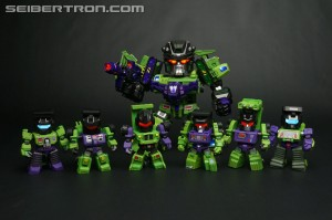 Transformers News: Video Review Kids Logic Transformers MN08 Devastator and TF04 Constructicons