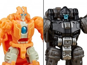 Transformers News: Siege Battle Masters Rung and Singe found at Target in US