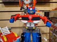 Transformers News: Toy Fair 2011 Coverage - Playsk