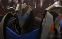 "Transformers News: Transformers Prime ""New Recruit"" Promo Clip - Smokescreen in Action"