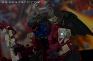 Transformers News: NYCC 2017: Gallery for #Transformers Titans Return Grotusque and Scorponok #hasbronycc #NYCC17