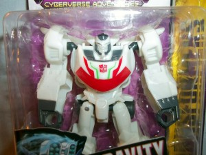 Video Review for Transformers Cyberverse Scout Class Wheeljack