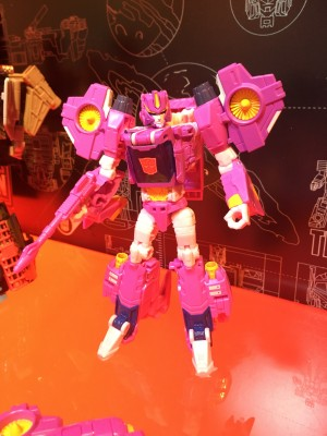 Transformers News: Toy Fair 2017 - Showroom Images of Transformers Titans Return: Overlord, Nautica, Seaspray, Metalhawk #TFNY #HasbroToyFair