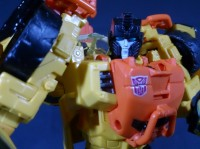 Transformers News: More In-Hand Images: Transformers Generations Voyager Sandstorm