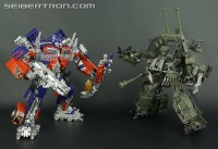 Transformers News: New Galleries: Asia Premium Series ASP02 Brawl and ASP01 Striker Optimus Prime