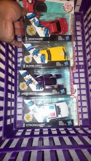 Transformers News: Transformers Robots in Disguise One-Step Changers Sighted at US Retail