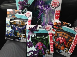 Robots in Disguise (2015) Deployers And Mini-Cons Found At US Retail