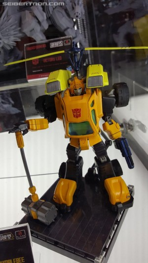 Transformers News: Gallery of Flame Toys Transformers products from #NYCC 2018