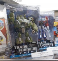 """Transformers News: Transformers Prime First Edition to be Available at Toys""""R""""Us, BBTS, & Entertainment Earth - BBTS Exclusive Dark Energon Pre-Orders Open September 1st"""