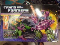 Transformers News: Buyer Beware: Counterfeit G1 Scorponok Being Released This Summer