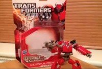 "Transformers Prime ""Robots in Disguise"" Deluxe Cliffjumper Video Review"