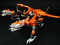 "Transformers News: Transformers Prime ""Beast Hunters"" Voyager Predaking In-Hand"