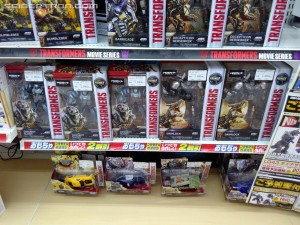 Takara Tomy Transformers: The Last Knight Toys Sighted at Japanese Retail