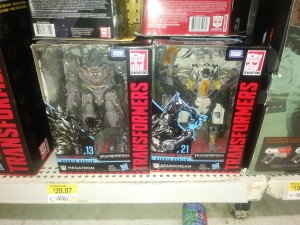 Studio Series Voyager Wave 4 with Tattooed Starscream Found at Canadian Retail