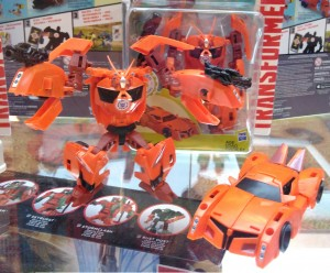 Transformers News: #Botcon2016 Galleries: Hasbro Floor Display - Warrior Bisk, Warrior Scatterspike, Titans Return, Robots in Disguise and More