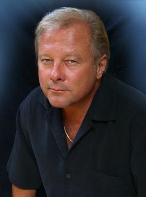 Transformers News: IDW Transformers: Legacy Artist Spotlight - Mark Watts