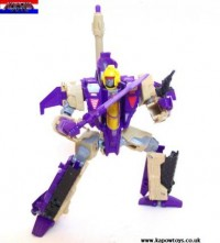 Transformers News: Pictorial Review: Transformers Generations Voyager Class Blitzwing