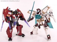 New Toy Galleries: Universe Vector Prime and Cybertron Starscream!