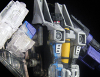 Transformers News: Transtopia Masterclass - Mid-Warp Skywarp