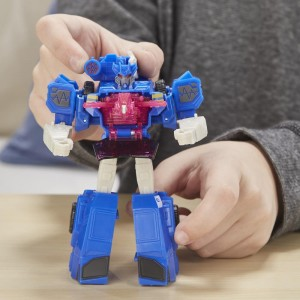 Transformers News: New Stock Images for Upcoming Transformers Cyberverse Toys With First Look at Laserbeak Ejecting