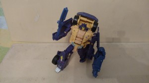 Video Review - Transformers Collectors' Club 4.0 Mayhem Attack Squad Grabuge / Ruckus