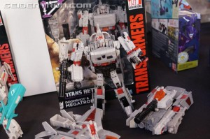 Transformers News: Hasbro Press Event: Titans Return Megatron, Gnaw, Brainstorm, Bumblebee and More!! #HasbroSDCC