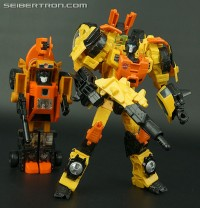 Transformers News: New Galleries: Generations Voyager Class Sandstorm