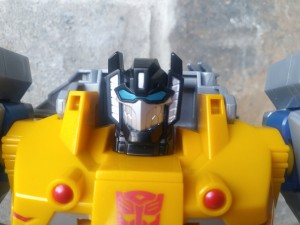 Transformers News: Sighting and Review for Leader Sized Grimlock from Cyberverse