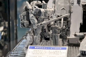 Transformers News: More Pics of 2019 Tokyo Toy Show with Siege Mirage, Impactor and $200+ Price Tag for Piranacon