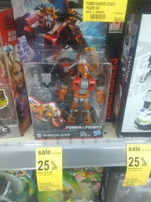Transformers News: Steal of a Deal: Power of the Primes Wreck Gar 25% Off at Walgreens Stores, $2 Off on Walgreens.com
