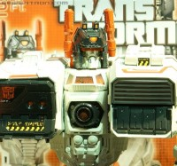 Transformers News: Toy Fair 2013 Coverage: Transformers Titan Class Metroplex Gallery and Video