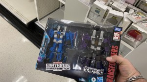 Transformers Exclusive WFC Earthrise Thundercracker and Skywarp Found at Target