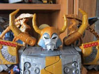 In-Hand Images of Amazon Exclusive Unicron