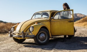 Hailee Steinfeld's Thoughts on Bumblebee in the Upcoming Bumblebee: The Movie