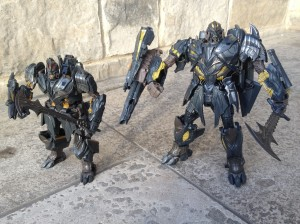 Leader vs Voyager: Which is the Better Megatron Figure from Transformers: The Last Knight