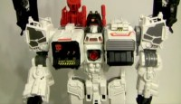 Transformers Generations Titan Class Metroplex Video Review