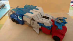 Transformers News: Video Review for Transformers Robots in Disguise Power Surge Optimus Prime