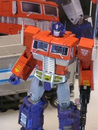 Transformers News: More Images From International Tokyo Toy Show 2011 - MP10, Chronicle 2 Pack, Devastator & Many More