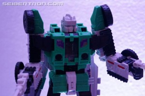 Transformers News: NYCC 2016 Gallery: Titans Return Leader Class Sixshot