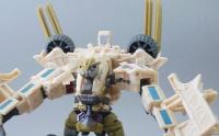 Transformers News: New Hunt For The Decepticon Figures: Bonecrusher, Bumblebee, Elita-1 and Breakaway