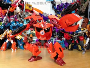 Transformers News: Video Review for Transformers: Robots In Disguise Warrior Bisk
